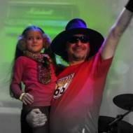 Концерт в Питере с маленькой девочкой (архив)